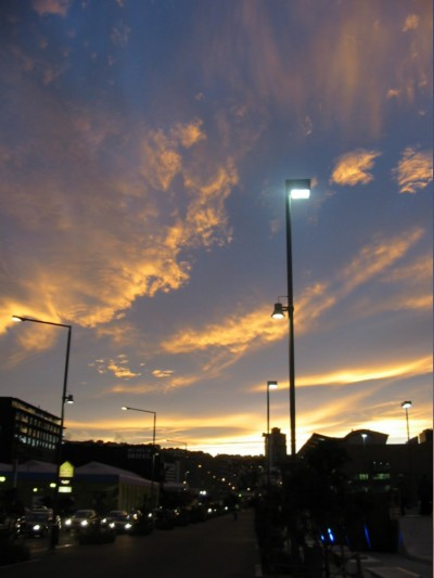Badly optimised picture of the sunset over Cable street in Wellington taken while waiting for the bus